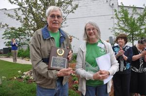 Richard Carlson & Diane Madoerin, Webster City Main St. Gardens